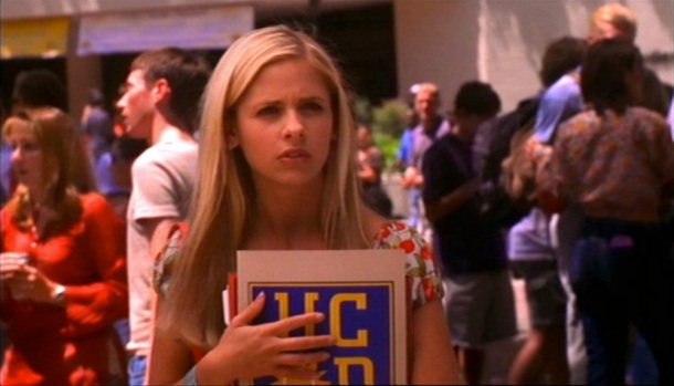 Sarah Michelle Gellar's Buffy acclimates to a college just as weird as her high school