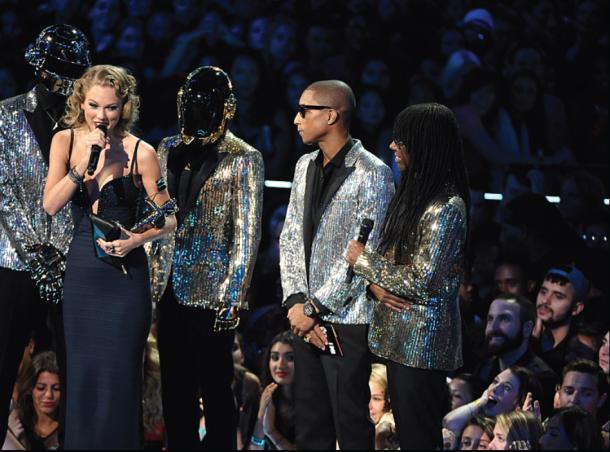 Taylor Swift VMAs acceptance speech 2013 Harry Styles