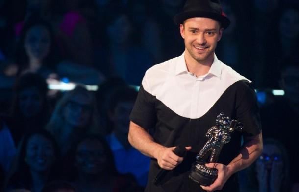 Justin Timberlake VMAS horrible shirt