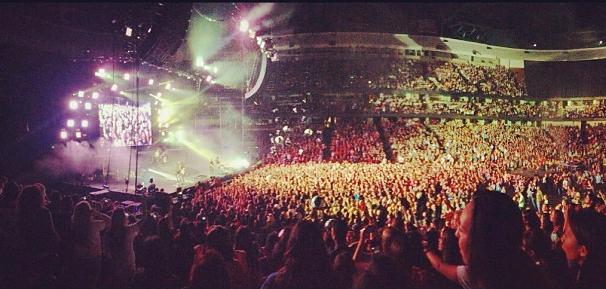 FALL OUT BOY HONDA CENTER TOUR 2013