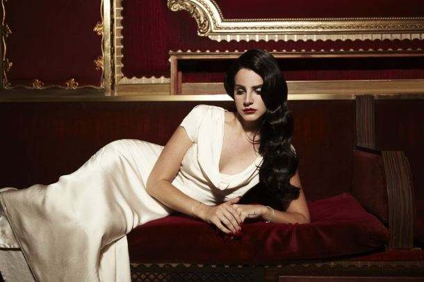 Lana_Del_Rey_Young an Beautiful
