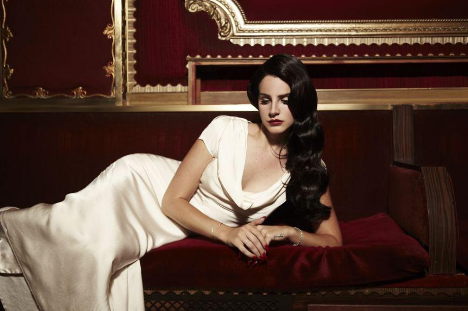 Lana_Del_Rey_Young an Beautiful