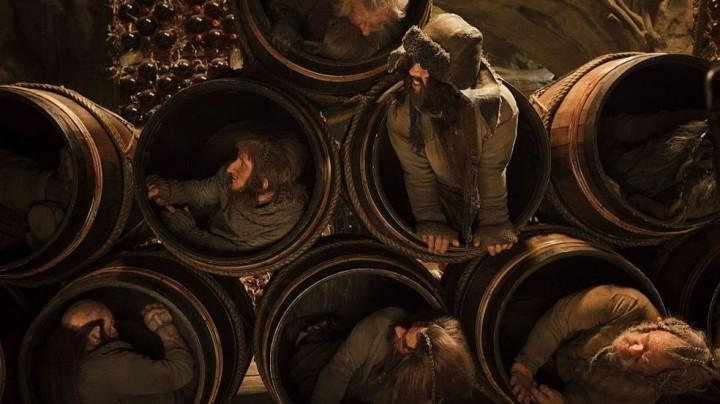 the hobbit dwarves barrels desolation of smaug