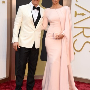 Camilla Alves (Matthew McConaughey's wife) wore a light pink gown fit for a queen. Actually, though, Kate Middleton, you should wear this. Designer: Gabriela Cadena