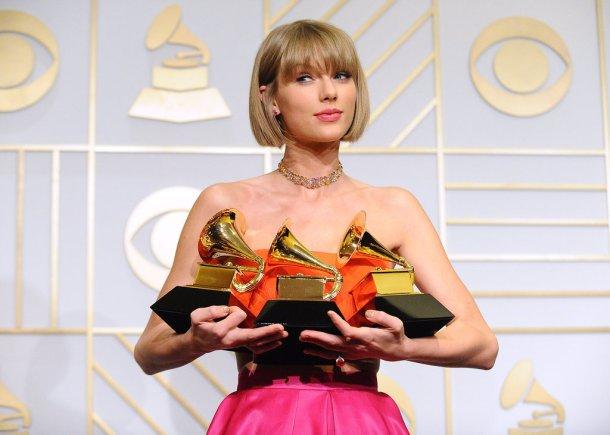 Celebrity-Reactions-Taylor-Swift-Grammys-Speech-2016-1.jpg