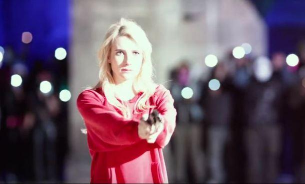 Emma Roberts Nerve Gun