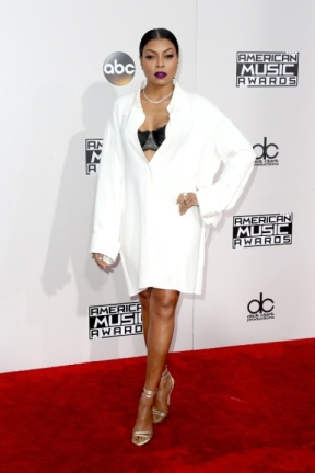 How could you slack off on getting dressed, Taraji P Henson?! You're supposed to be running the show!