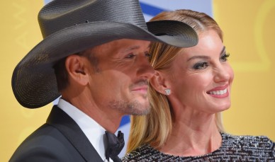 The frightening Faith Hill.