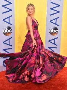 How can you not love Kelsea Ballerini's flouncy floral skirt?