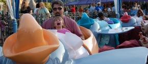 New Study Reports Disneyland Pays EmployeesPeanuts