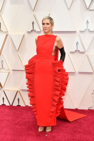 Kristen Wiig proving nothing can embarrass her